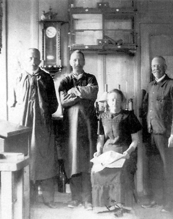 Ювелирный дом «Chopard» начал свою историю в далеком 1860 году