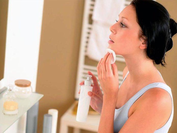 Советы по выбору косметики и уходу за кожей