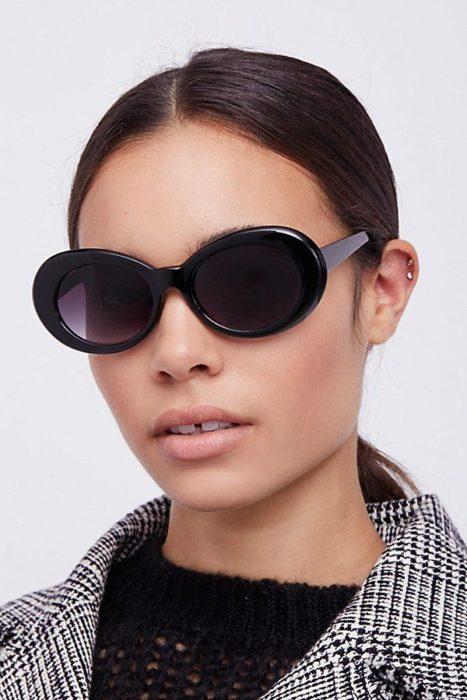 Модные очки в стиле Жаклин Кеннеди
